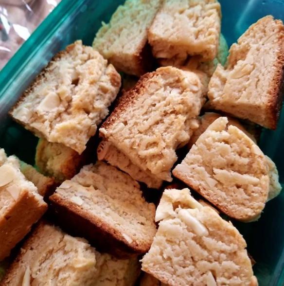 cookies almond